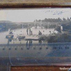 Fotografía antigua: FOTO TARJETA POSTAL MILITARES OFICIALES CUERPO INGENIEROS EPOCA ALFONSO XIII CONSTRUCCION PUENTE. Lote 159225290