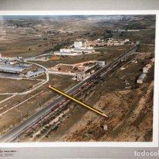 Fotografía antigua: PAISAJES ESPAÑOLES VILLAFRIA BURGOS AÑOS 90, NUMERADA 607601. 39X30,5 MARCO 47X40. Lote 159331886