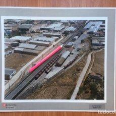 Fotografía antigua: PAISAJES ESPAÑOLES FOTOGRAFIA AEREA 39X30,5 CALAHORRA LA RIOJA. RENFE FERROCARRILES. Lote 159617846
