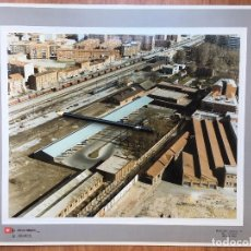 Fotografía antigua: PAISAJES ESPAÑOLES FOTOGRAFIA AEREA 39X30,5 PALENCIA RENFE FERROCARRILES. Lote 159727634