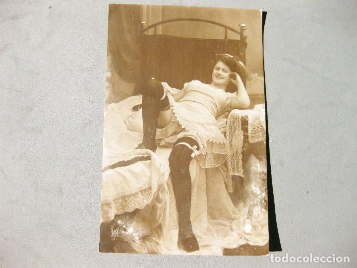 ANTIGUA FOTOGRAFÍA TAMAÑO POSTAL ERÓTICA (Fotografía Antigua - Tarjeta Postal)