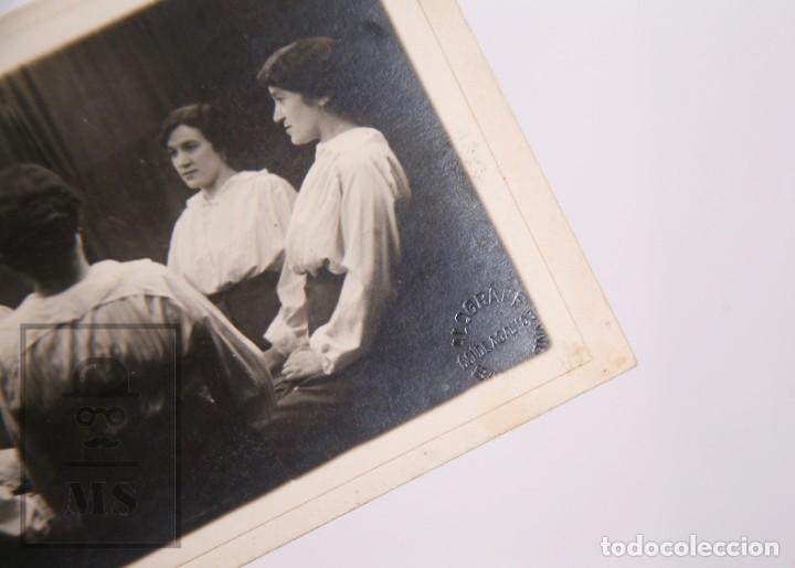 Fotografía antigua: Antigua Fotografía / Montaje Fotográfico - Mujer con Dobles - American Alograff, Barcelona - Foto 2 - 168573000