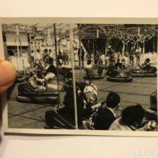 Fotografía antigua: INTERESANTE FOTOGRAFIA ORIGINAL DE BALAGUER (LLEIDA) - FERIA - FESTA MAJOR - CABALLITOS - VER FOTOS. Lote 170675225