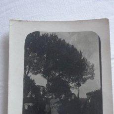 Fotografía antigua: ANTIGUA FOTOGRAFIA.GRUPO DE PERSONAS.CAMI DE LA GRIPIA.TERRASSA?.BARCELONA AÑOS 20. Lote 171276410