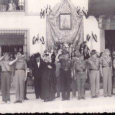 Fotografía antigua: GUERRA CIVIL O POS - GRUPO SOLDADOS Y MANDOS NACIONALES - FALANGE - ZONA EXTREMADURA - FOTO LLOPIS. Lote 172640492