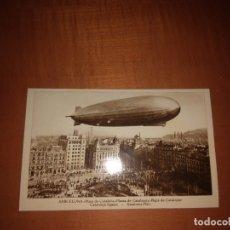 Fotografía antigua: POSTAL DE UN ZEPPELIN EN LA PLAZA CATALUÑA BARCELONA. Lote 173873724