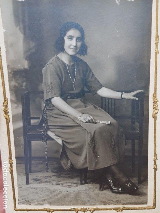 Fotografía antigua: Fotografía Antigua-Posado de Estudio-Beringola Madrid 1922 sellada - Foto 2 - 174590860