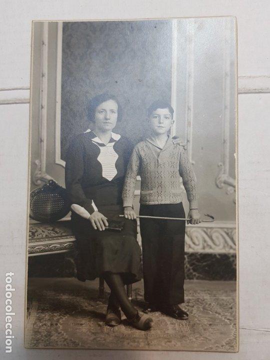 Fotografía antigua: Fotografía Antigua-Posado de Estudio- Matarredona años 1910 sellada - Foto 2 - 174611507