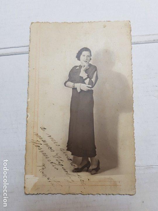 Fotografía antigua: Fotografía Antigua-Posado de Estudio- Matarredona años 1910 sellada - Foto 2 - 174615569