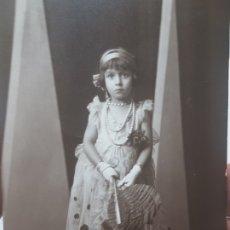 Fotografía antigua: FOTOGRAFÍA POSTAL ANTIGUA-POSADO DE ESTUDIO-ALCOY FOTO-SOMBRAS PALACIO. Lote 174687957