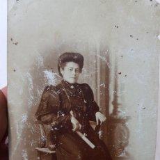 Fotografía antigua: FOTOGRAFÍA TARJETA POSTAL ESTUDIO 1908. Lote 176863424