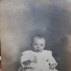 Fotografía antigua: FOTOGRAFÍA POSTAL DE ESTUDIO SELLADA EN SECO SORIANO ,CABAÑAL. Lote 177202720
