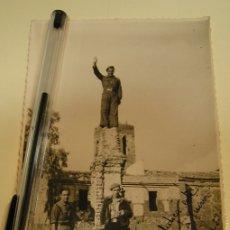 Photographie ancienne: ANTIGUA FOTO FOTOGRAFIA MILITARES SOLDADES POST GUERRA CIVIL (19). Lote 178739910