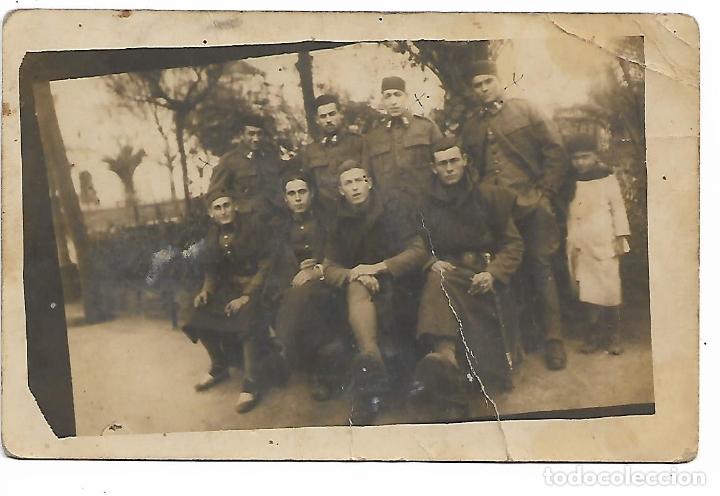 FOTOGRAFIA DE SOLDADOS EN TETUAN AÑO 1926 (Fotografía Antigua - Tarjeta Postal)