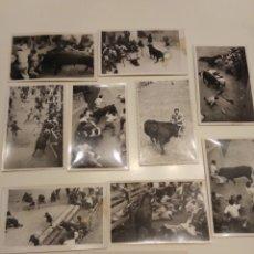Fotografía antigua: 10 FOTOGRAFÍAS ANTIGUAS ENCIERRO SAN FERMÍN PAMPLONA CORNADAS NAVARRA VASCO. Lote 181623203