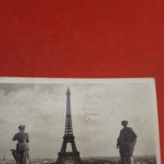 Fotografía antigua: PARIS.VIE GENERALE.TOUR EIFFEL.CIRCULADA.. Lote 185974997