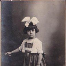 Fotografía antigua: ANTIGUA FOTOGRAFIA DE ESTUDIO – J.BUSQUETS – BARCELONA. Lote 186176406