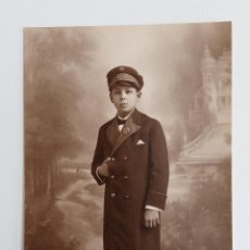 Fotografía antigua: ANTIGUA FOTOPOSTAL FOTOGRAFICA. NIÑO DE UNIFORME. COLON. W. Lote 187187116