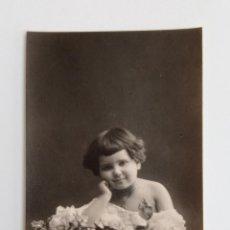 Fotografía antigua: ANTIGUA FOTOPOSTAL FOTOGRAFICA. NIÑA. W. Lote 187187275