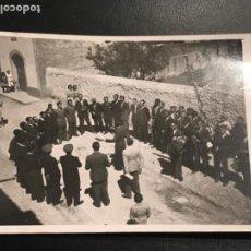Fotografía antigua: POSTAL FOTOGRÁFICA DEL COR EL RAIM DE LLORENÇ DEL PENEDES 1940'S.. Lote 190440830