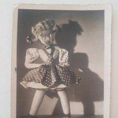 Fotografía antigua: MUÑECA CELI ESCENA EXPRESIONISTA POSTAL FOTOGRAFICA. Lote 191392927