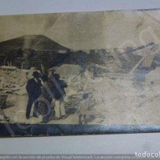 Fotografia antiga: FOTOGRAFÍA ANTIGUA ORIGINAL. CASA EN RUINAS EN LA ISLETA. LAS PALMAS DE G.C. (13,8 CM X 8,6 CM) . Lote 192450105