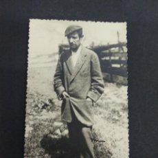 Fotografía antigua: TARJETA POSTAL PERSONAJE PAIS VASCO LORITO ANTONIO FERNANDEZ ANGULO PP S.XX NEGTOR BILBAO. Lote 193998547