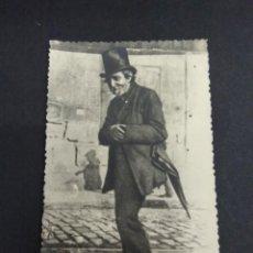 Fotografía antigua: TARJETA POSTAL PERSONAJE PAIS VASCO DON PEPITO EL SALUDOS PP S.XX NEGTOR BILBAO. Lote 193999137