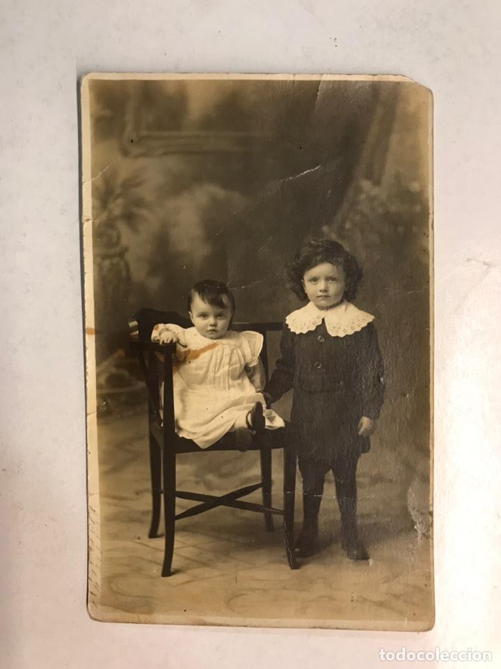 NIÑOS. FOTOGRAFÍA ANTIGUA.. ROBERT Y EDWARD... FOTOGRAFÍA INGLESA (H.1920?) (Fotografía Antigua - Tarjeta Postal)
