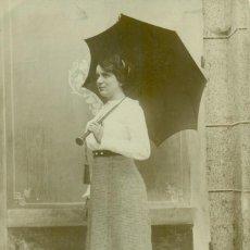 Fotografía antigua: GALICIA CORUÑA. RIBA. FOTO DE UNA DAMA. ESCRITA EN 1913.. Lote 194335626