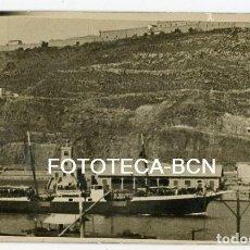 Fotografía antigua: FOTO ORIGINAL BARCELONA PUERTO FARO CASTILLO MONTJUIC BARCO PASAJEROS HIDROAVION AÑOS 20/30. Lote 194658608