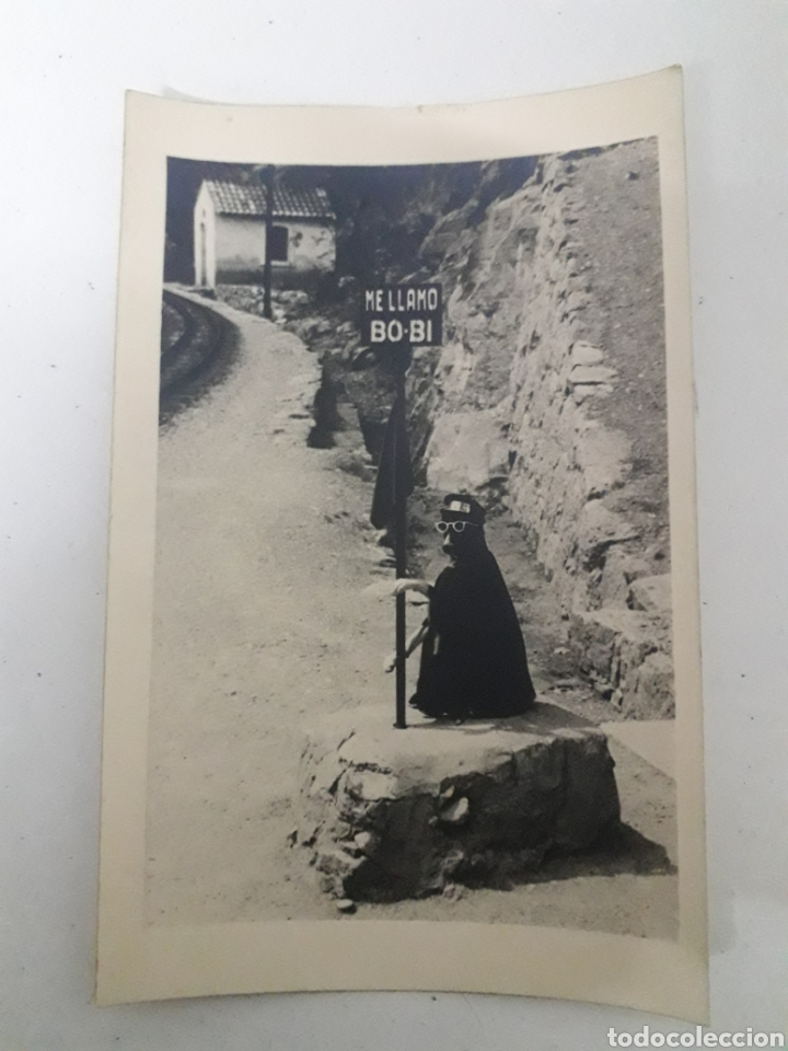 DOS FOTOGRAFÍAS DEL PERRO BOBI Y TREN DE MONTSERRAT (Fotografía Antigua - Tarjeta Postal)