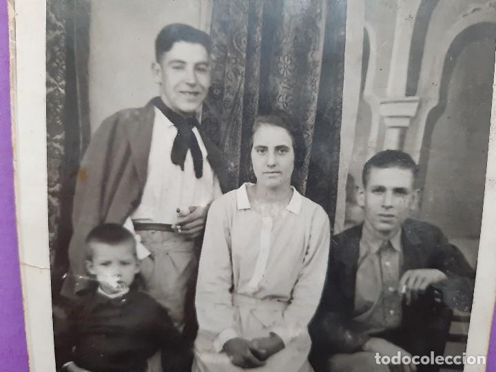 Fotografía antigua: ANTIGUA TARJETA POSTAL FOTOGRAFICA ARTISTICA FAMILIA VALENCIANA EPOCA PRINCIPIO DE SIGLO - Foto 2 - 195338212