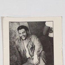 Fotografía antigua: POSTAL CHE GUEVARA FOTOGRAFIA DE OSVALDO SALAS -LA HABANA 1965 COLECCION E. LANGARIKA. Lote 207142241