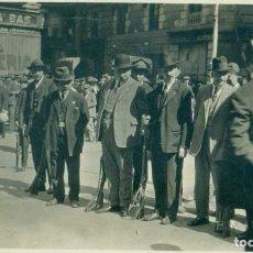 Fotografía antigua: BARCELONA. FORMACION REVISTA DEL SOMATÉN. HACIA 1925.FOTO E. MARSELL.. Lote 221667843