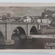 Fotografía antigua: TARJETA POSTAL FOTOGRAFICA PLASENCIA PUENTE DE TRUJILLO. Lote 235633055