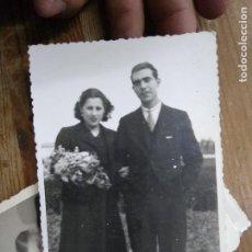 Fotografía antigua: FOTOGRAFÍA ANTIGUA VALENCIA MAYO 1941 BODA. PAPEL-88. Lote 236510350