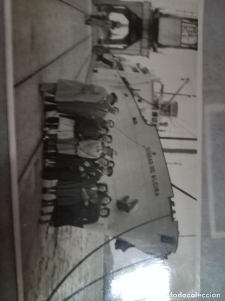 CIUDAD DE ALZIRA ACORAZADO EN EL PUERTO VALENCIA FALLAS DE 1949 OFICIALES ALTOS MANDOS (Fotografía Antigua - Tarjeta Postal)