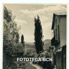 Fotografía antigua: FOTO ORIGINAL VISTA DEL PLA DE LA SEU D'URGELL CASA AÑOS 40. Lote 245015890
