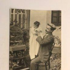 Fotografia antiga: RIPOLL (GERONA) FOTOGRAFÍA ANTIGUA, ONCLE JOAN..., FAMILIA FOSSAS ... (H.1910?). Lote 248117795