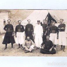 Fotografía antigua: TARJETA FOTOGRÁFICA MARRUECOS ZOUAVES MARRAKECH - CAMP DE L'AGUEDAL MILITAR 1913. Lote 261559845