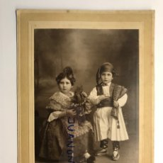 Fotografia antiga: FALLAS NIÑOS, JULIO DERREY, FOTÓGRAFO.., FOTOGRAFÍA PAREJA DE FALLERETS ... (A.1926). Lote 264974244