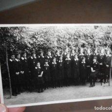 Fotografía antigua: ANTIGUA FOTOGRAFIA.INTERNADO DE NIÑAS.FOTO EMETERIO VELEZ.OLOT AÑOS 30?. Lote 269041688