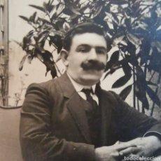 Fotografía antigua: ESPECTACULAR TARJETA UNIÓN POSTAL UNIVERSAL, DE SEÑOR CON BIGOTE DE 1890S 1910S. Lote 277295843