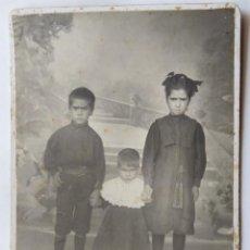 Fotografía antigua: VALENCIA FOTOGRAFO LA VALENCIANA CARTON DURO 10,5 X 16 CM.. Lote 278852743