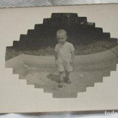 Fotografía antigua: FOTOGRAFIA RETRATO INFANTIL. CURIOSO REVELADO. POSTAL SIN CIRCULAR 9 X13,5 CM. Lote 281802808