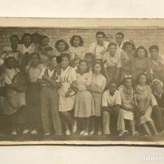 Fotografía antigua: ALICANTE. FOTOGRAFÍA DE CHARANGA GUITARRA EN MANO… ESTUDIO FOTOGRAFÍCO HNOS. GARCIA (H.1945?). Lote 288230503