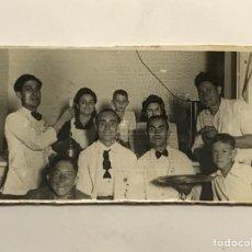 Fotografía antigua: ALICANTE, FOTOGRAFÍA.. AQUELLOS BARES QUE ALEGRABAN LA CIUDAD.. IMÁGENES DE POSTGUERRA (A.1944). Lote 288231293