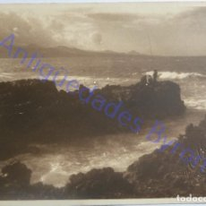 Fotografía antigua: FOTOGRAFÍA ANTIGUA. LA PUNTILLA. LAS PALMAS DE GRAN CANARIA. SELLO. (11,5 X 8,5 CM). Lote 288536623