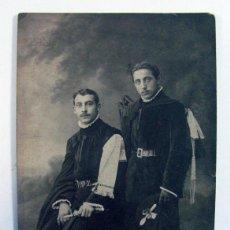 Fotografia antica: PAREJA DE TUNOS CON CUCHARA. TUNA. BENJAMIN. SANTANDER. 1911. Lote 293453803
